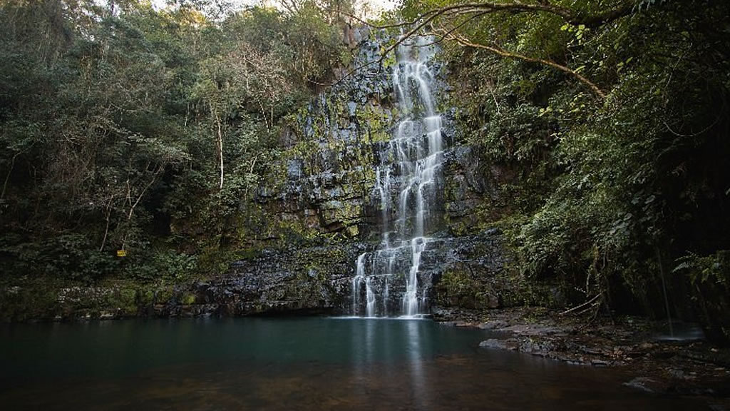 Водопад Сальтос Кристалл в Парагвае